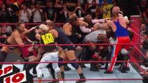 WWE十大精彩场面!萨摩亚和猛兽大布百人场面,无悬念第一名