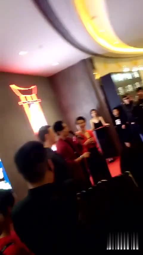 7.15 舞邦新店开业 神秘嘉宾 魏晨 Ahhhh