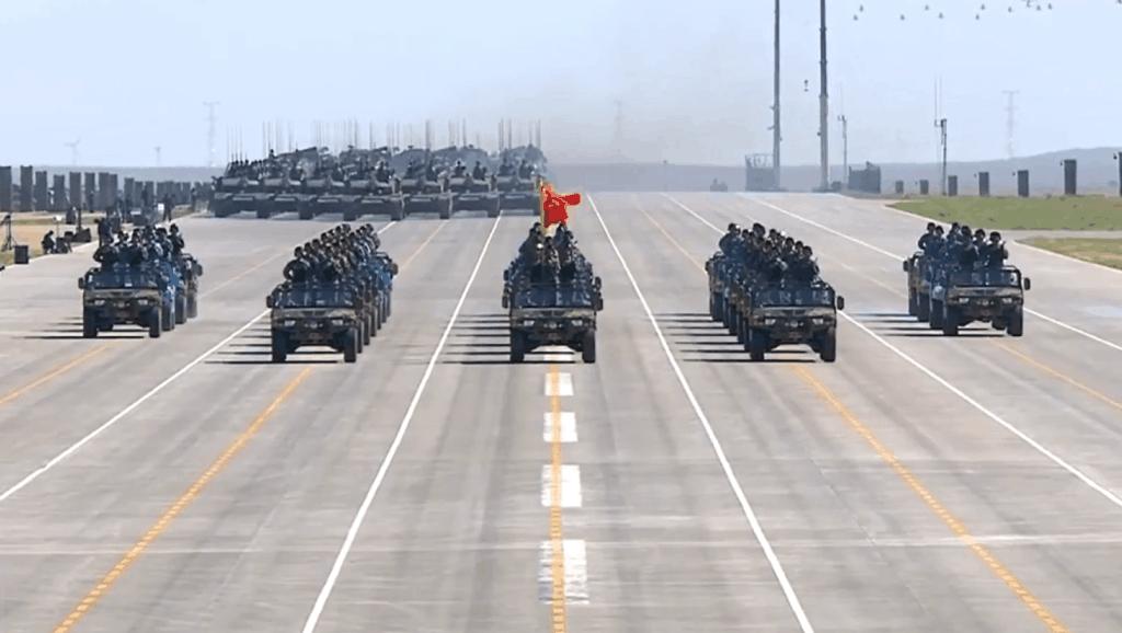 我国自主研发的第三代军车东风猛士远甩美军悍马几条街