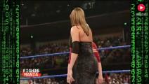 WWE老板为了收视率,与漂亮女儿打比赛,真是亲生的吗?