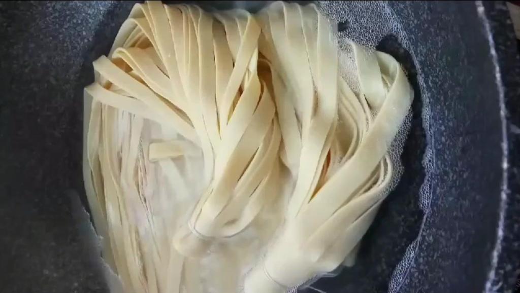 好吃干净的麻辣豆腐皮 喜欢的制作起来