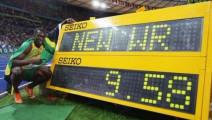 博尔特100米世界记录比赛过程倒放是啥样?是不是有种莫名的喜感