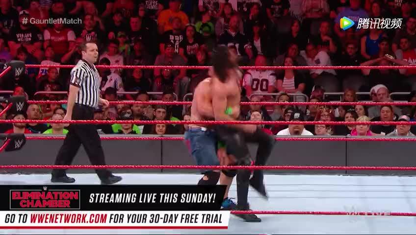 RAW 2.19: 罗林斯复制约翰塞纳霸王举鼎惊艳全场引观众欢呼