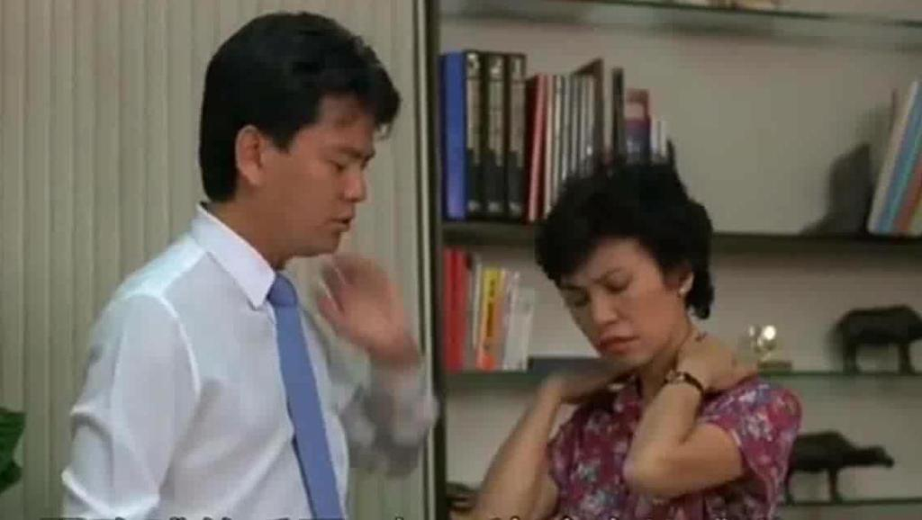陈百祥和王晶两人学校当老师,这搞笑场面不输周星驰的逃学威龙
