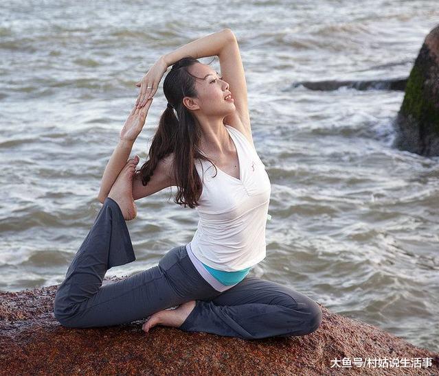 瑜伽其实很容易学会 多做运动轻松排除体内毒素  第1张