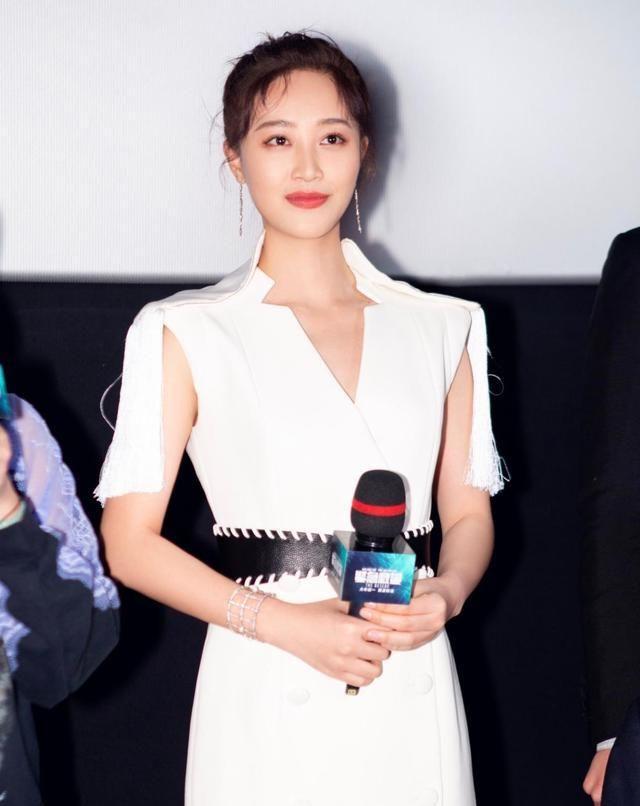 藍盈瑩亮相《緊急救援》首映禮 真情流露致敬英雄彰顯堅韌柔情