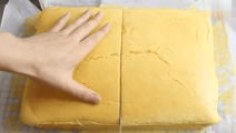 火遍台湾的古早味蛋糕做法超简单!像棉花糖一样轻柔,入口即化!