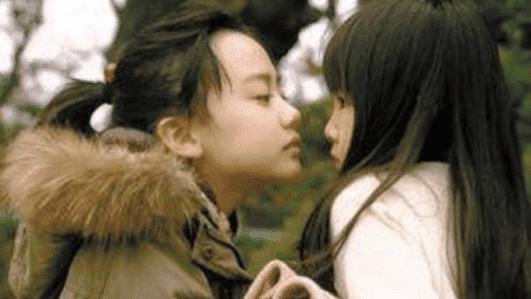 李沁一个微笑黑化,张子枫一个眼神黑化,而她差点让整部剧禁播!