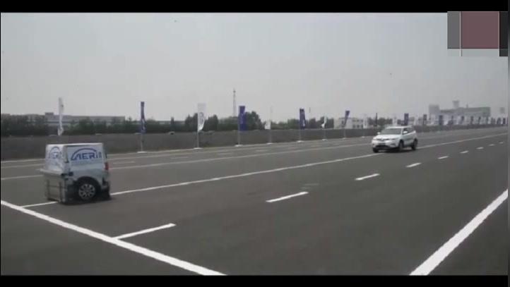 吉利博越实测城市安全系统,真给力,国产车也很霸气