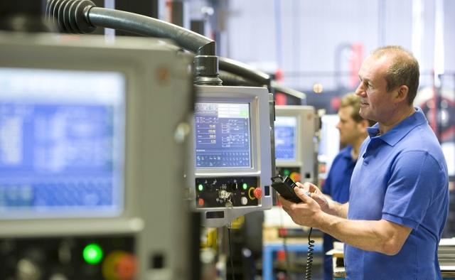 如何看待5G助力传统工厂的智能化转型