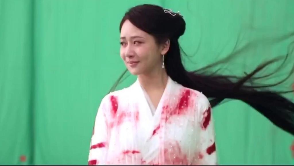 天乩之白蛇传说: 为任嘉伦而来,却被杨紫的哭戏惊艳到