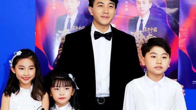 """有种""""整容""""叫刘恺威离婚,46岁帅成韩国欧巴,杨幂看了得后悔"""