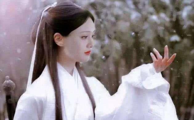 """郑爽太瘦不适合演""""小龙女""""? 看到定妆照后, 网友: 比刘亦菲还仙!"""