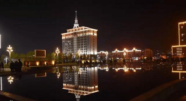 著名旅游景点有焦裕禄纪念园,黄河湾风景区,焦桐五彩园,展览馆,张良