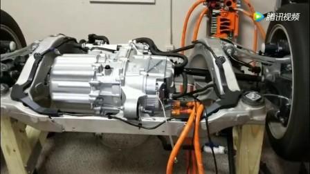 """新能源电动车《特斯拉》 打开 看看特斯拉电动车""""发动机"""", 电机加速的"""