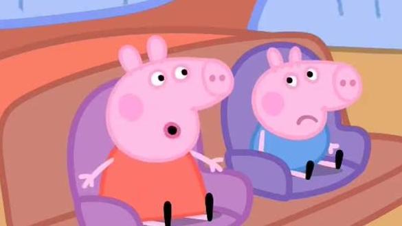 小猪佩奇用彩泥做彩虹冰淇淋的玩具故事与游戏 34