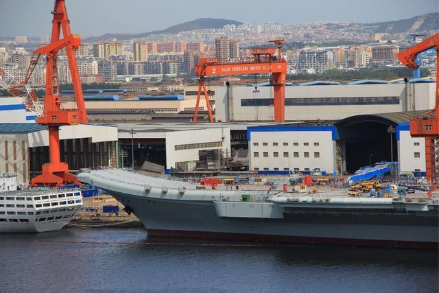 中国双航母出海之际, 大连突然传来噩耗: 三名专家壮烈牺牲