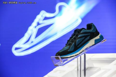 搭载英特尔curie模块 90分智能跑鞋发布