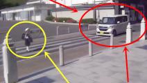 日本小学生过马路,车离很远就停下了!小学生过马路后,向司机鞠躬表示感谢!这就是素质