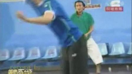 谢霆锋称曾是羽毛球校队选手,各种花式回球秀不停!