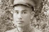 他15岁给毛主席当警卫员, 曾当过逃兵, 建国后任省委书记