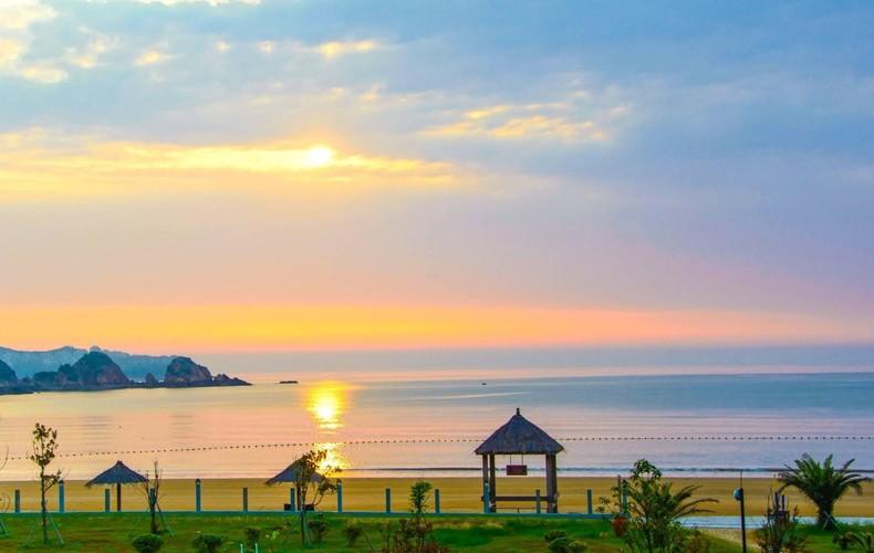花鸟岛灯塔 丽水 中文名:丽 水 职位:浙江省辖陆地面积最大的地级