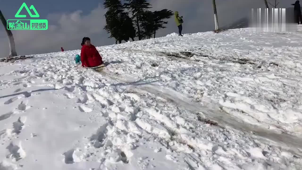儿童学画画亲子互动涂鸦卡通画简笔画教程 打开 滑雪哥遇上雪崩逃离后