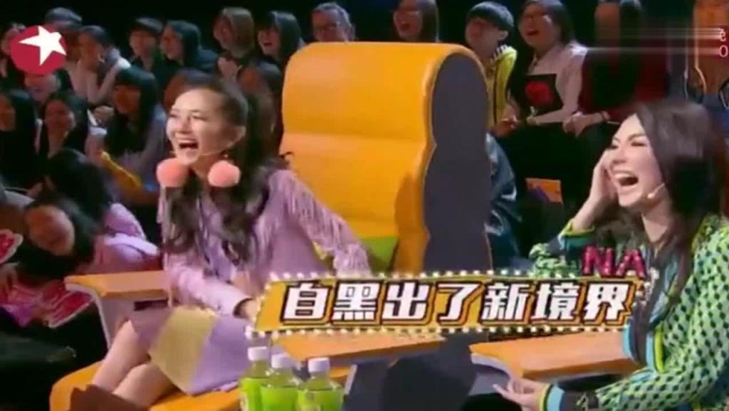杨迪不满质问张柏芝,却被谢娜一个抱枕扔了过去: 竟敢质问嘉宾