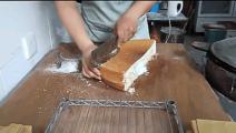 这样的蛋糕叫什么?切开的过程让人想来一口