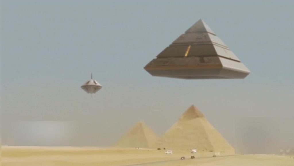 不明飞行物母舰登陆吉萨金字塔 - 古代外星人回来了!