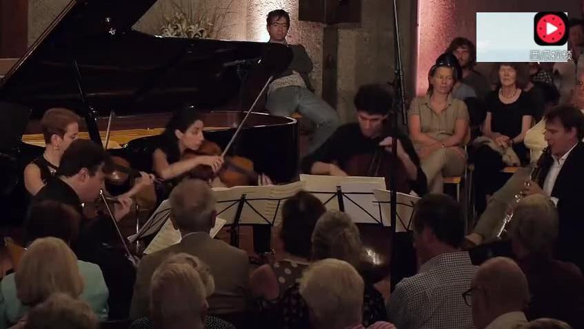 乐器演奏: 约翰内斯·勃拉姆斯 单簧管op115 N°3重奏