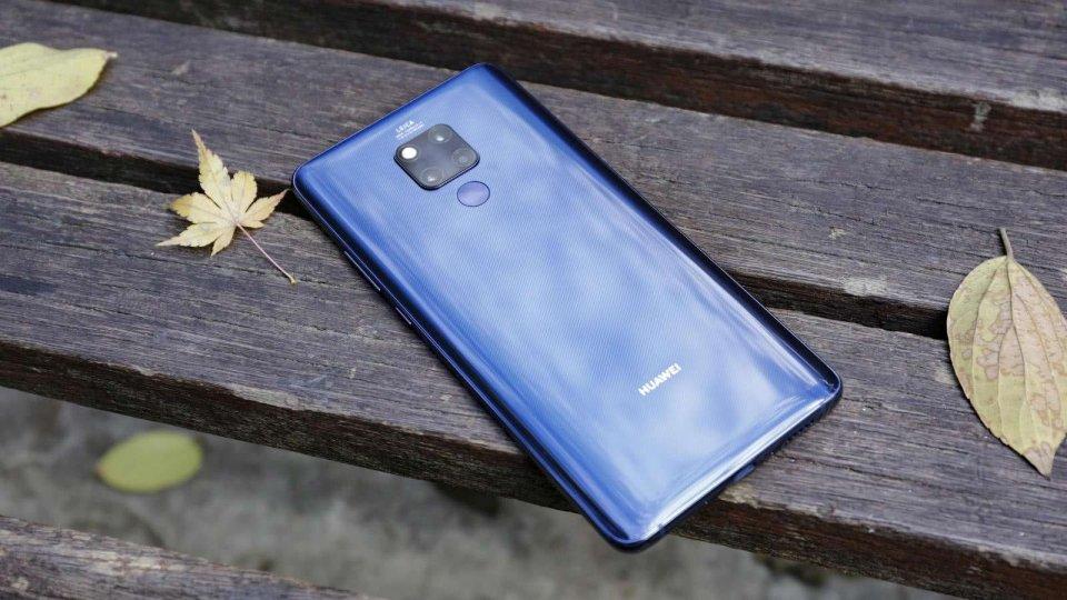 """花粉""""炸锅""""了! 华为首款双模5G手机大跳水, iPhone11措手不及!"""