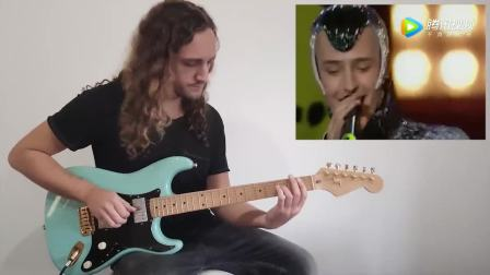吉他手给维塔斯伴奏,这是神一样的嗓音,这音色是怎么发出来的