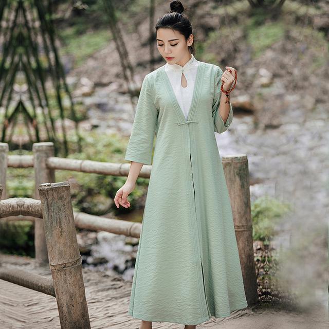 """姑娘不要穿韩版了, """"改良汉服""""才是17年的流行趋势, 优雅大方 11"""