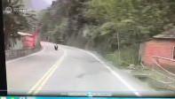 新竹恐怖!女學生骑摩托车逆向衝撞亡