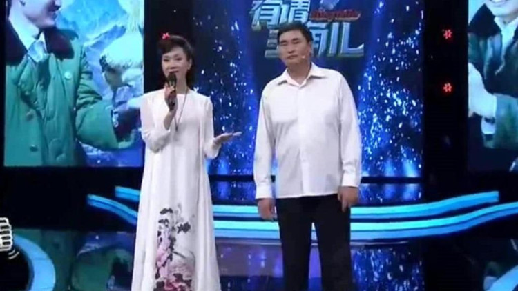 于文华的朋友,为大衣哥改编一首歌,朱之文现场演唱,好听极了图片