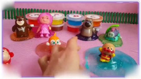 打开 小公主苏菲亚喜欢玩粉红色的冰冻水晶粘土,小羊肖恩 葫芦兄弟