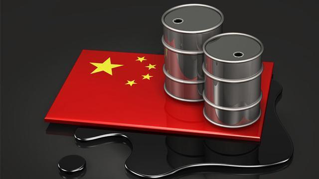 伊朗将2000万桶原油存中国后, 印度突然宣布将继续从伊朗进口石油