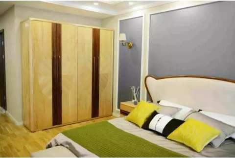 [搭配]衣柜颜色怎样搭, 才能营造温馨卧室?
