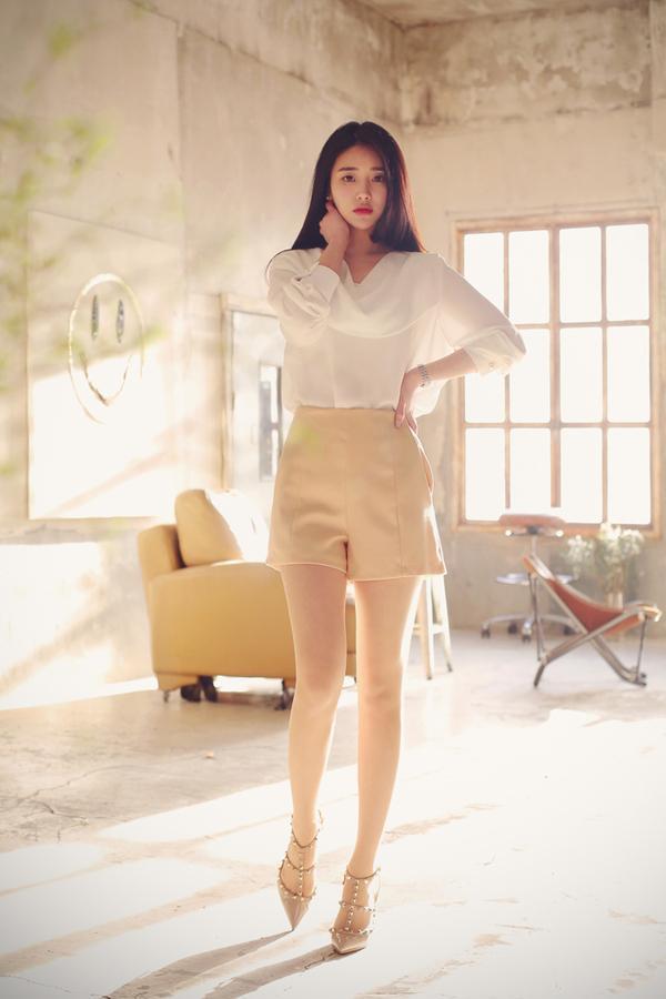半身裙配什么鞋子_半身裙搭配什么上衣 时尚达人教你穿出优雅女人味