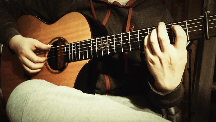 琵琶语古冰改编吉他独奏曲练习