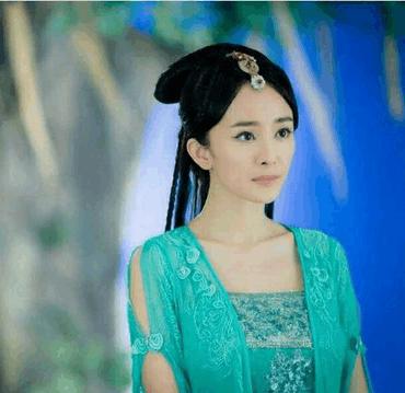 女星最美绿衣古装, 迪丽热巴惊艳, 赵丽颖呆萌可爱