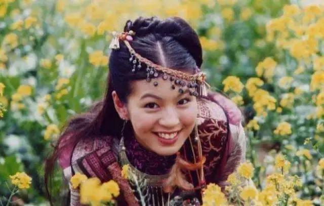 17岁与阮经天因戏生情, 胖到观众认不出, 如今31逆袭成女神!