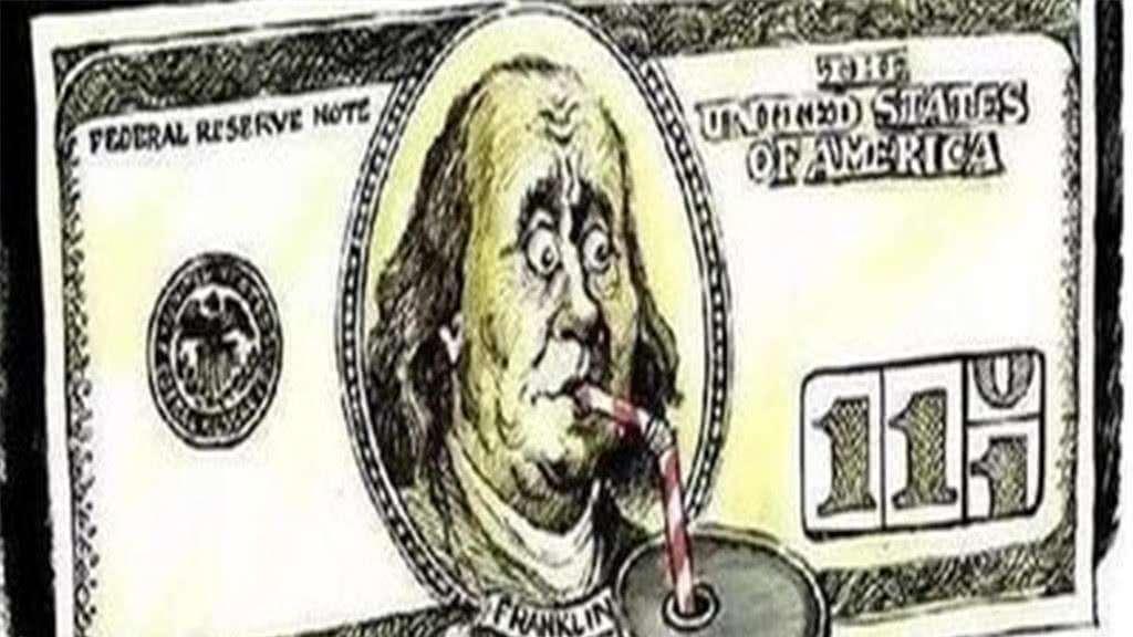 只因手中一砝码 美国负债22万亿, 为何还能在世界上称王称霸