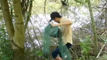 新三农: 农村小伙进深山,3分钟捕获一只毛茸茸的野味!