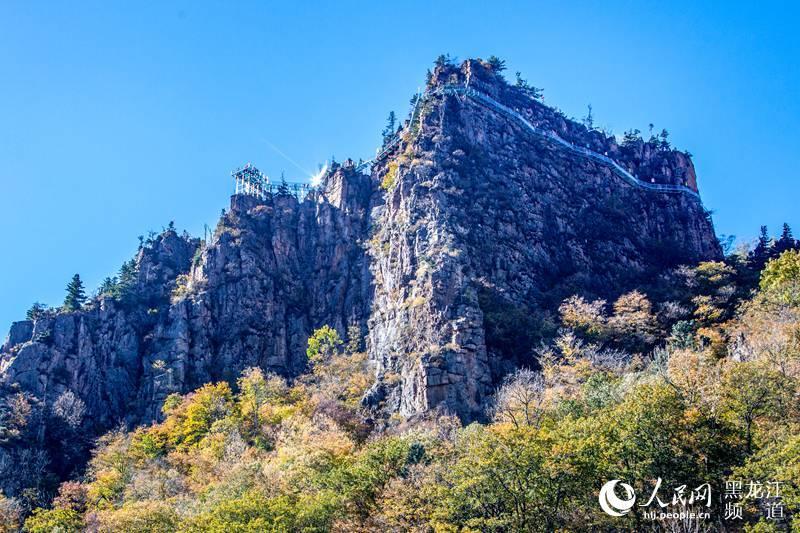 罗勒密山景区位于黑龙江省方正国有重点林区南部,石河与红旗两林场.