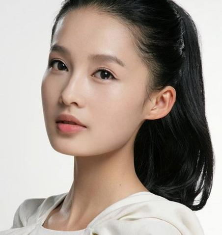 最美女星素颜排行榜: 杨颖垫底, 阿娇艳压王丽坤, 第一羡煞众人!