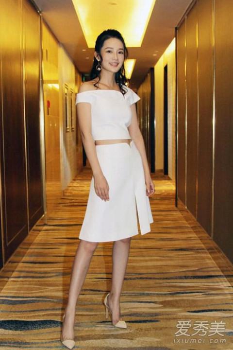 赵丽颖刘诗诗 看女星夏天怎么穿白色衣服