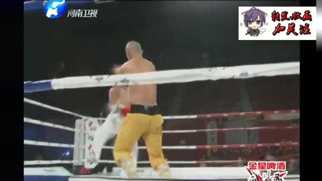 韩国跆拳道世界冠军遭中国小伙重腿KO你不是喜欢用脚吗我就踢服你