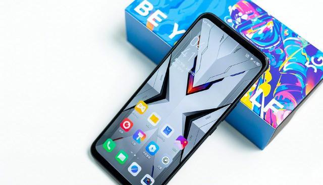又有超大电池的5G手机,手机内置了5100毫安时大电池,网友,但是努比亚这个品牌实在是太冷门了